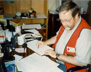 Garry McCallum VE6PNQ controlling the Red Cross Net station VE6RCR